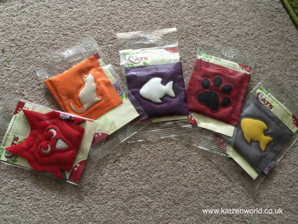 Nubia: Fun with the 4cats motive cushions