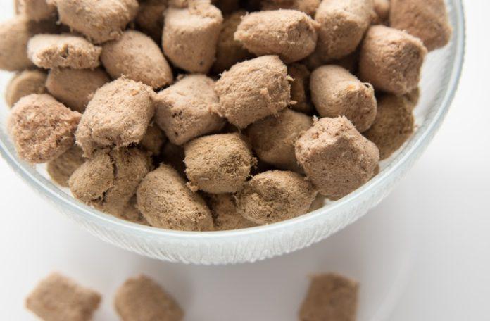Raw pet food – it's not pretty, but it's healthy!